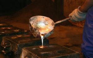 risks workwear aluminum smelter